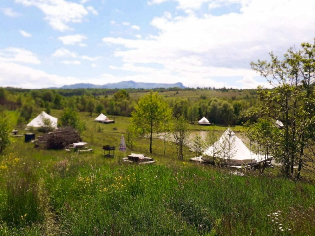 Overall view ofer the glamping site