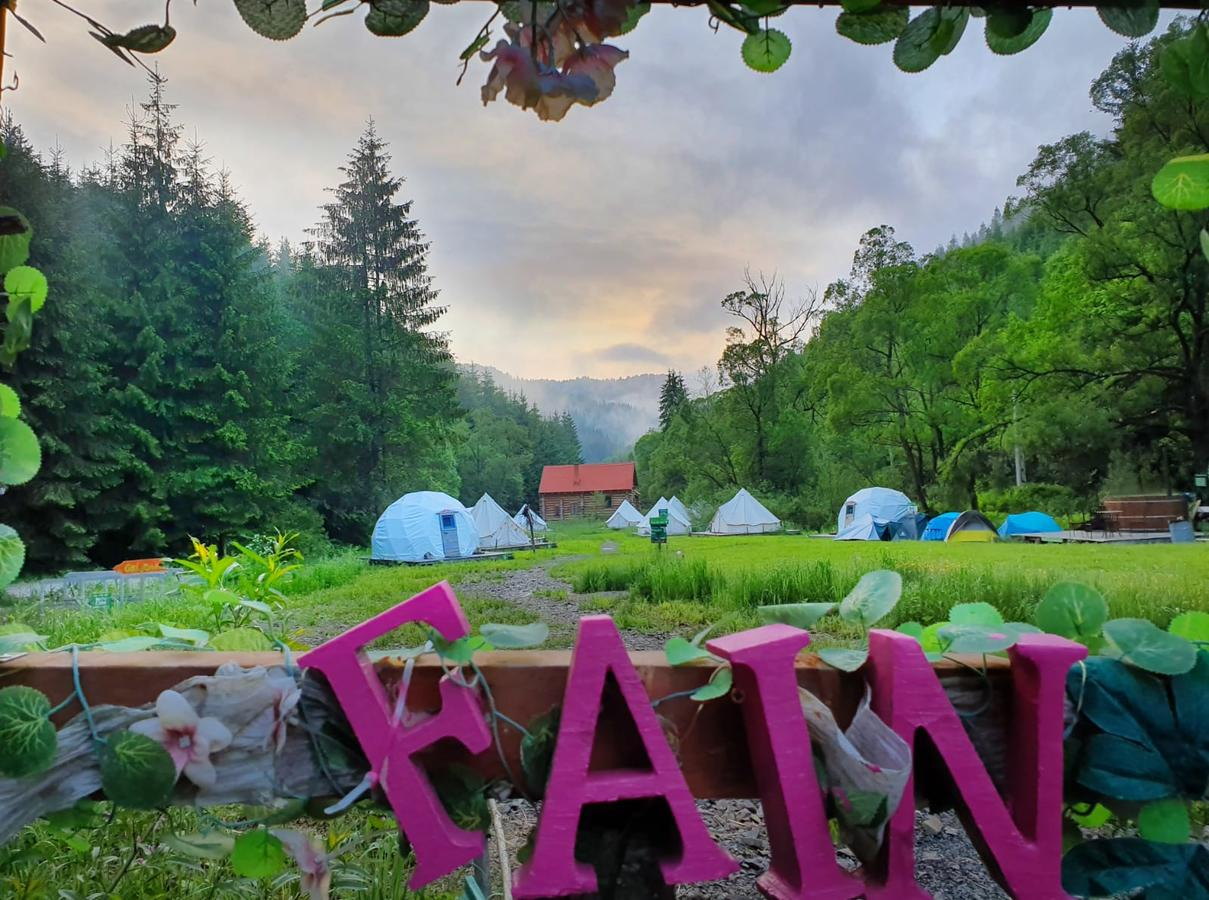View over Fain glamping resort