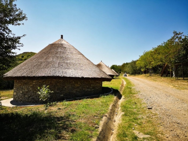 The half burried Dacian houses