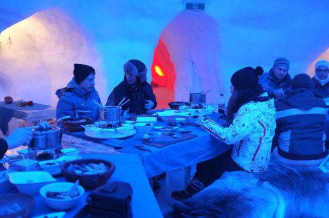 Restaurant of Apleniglu ice hotel