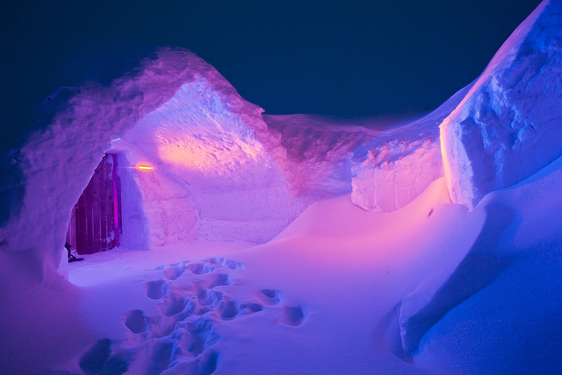 Entrance in the ice hotel at night