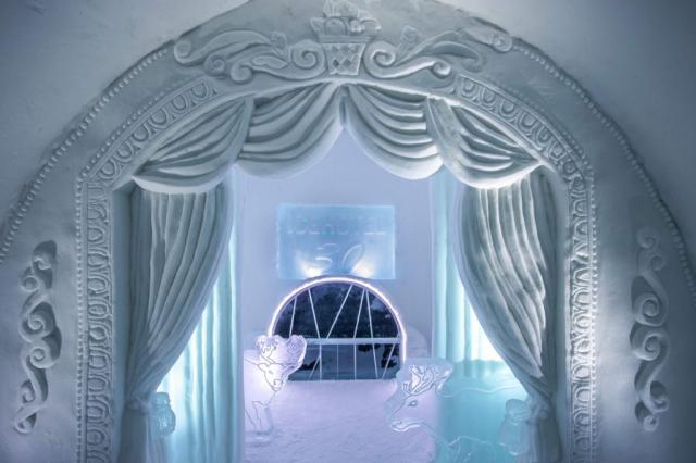 Ice sculptures inside Icehotel Jukkasjärvi
