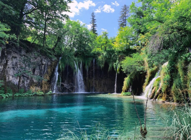 Waterfall and lake in Plitvice National Park