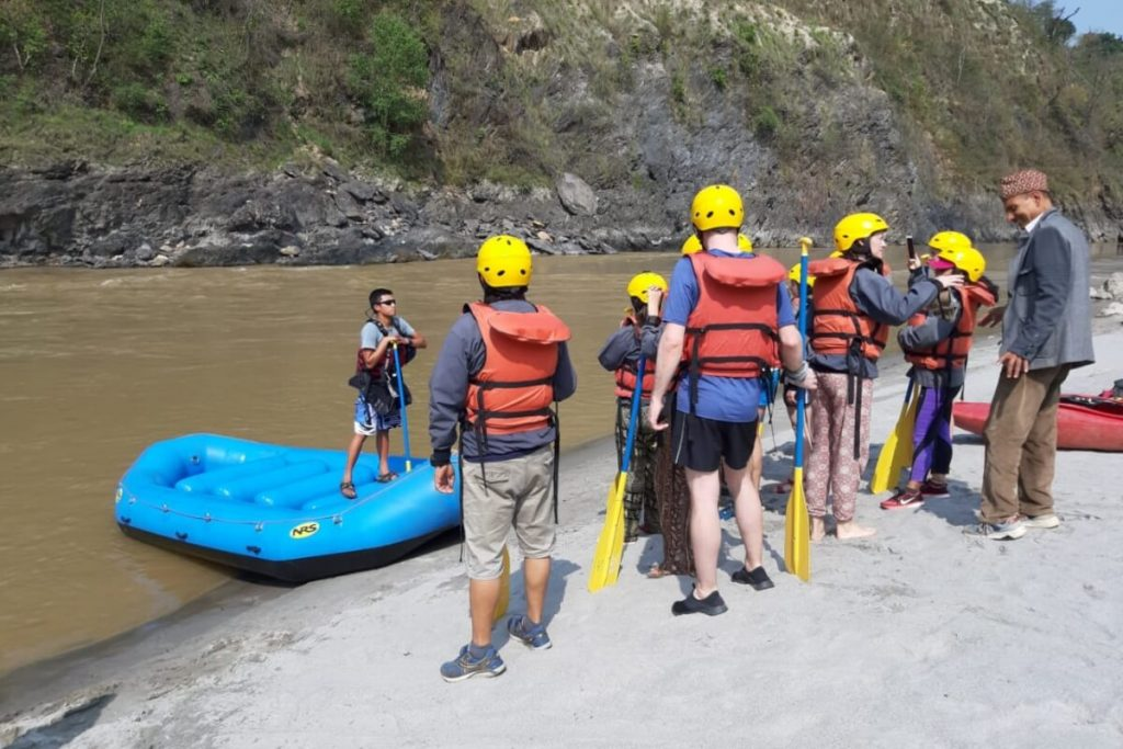 Training session before rafting